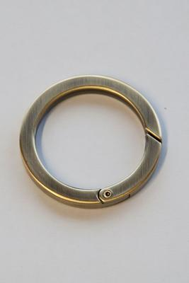 Ø 25 mm flach altmessing Ringkarabiner