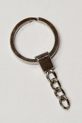 Schlüsselring 30 mm mit Kette