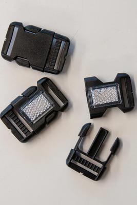 25 mm Steckschnalle mit Reflektor