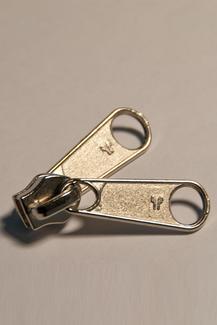 6 mm mit Doppelgriff, Reissverschluss Schieber